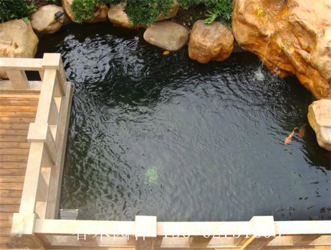 假山鱼池是庭院景观设计中不可缺少的元素之一