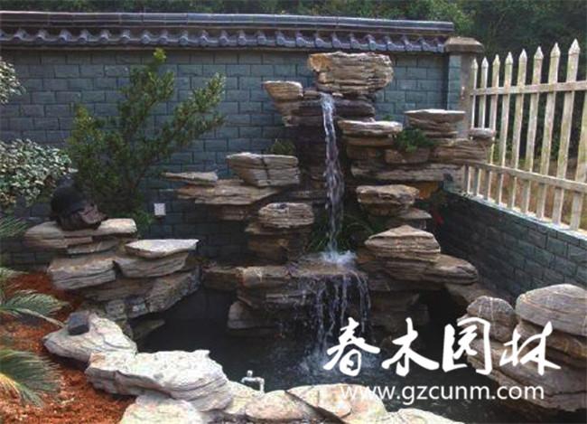 别墅庭院怎么设计鱼池假山?